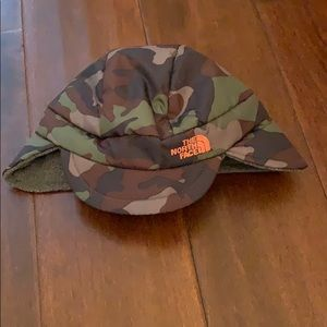 North Face camouflage winter hat for baby 0-9